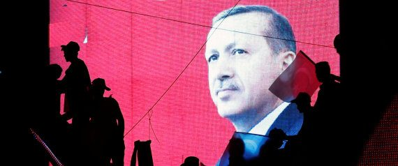 Turchia Gli arcobaleni complotto internazionale gay