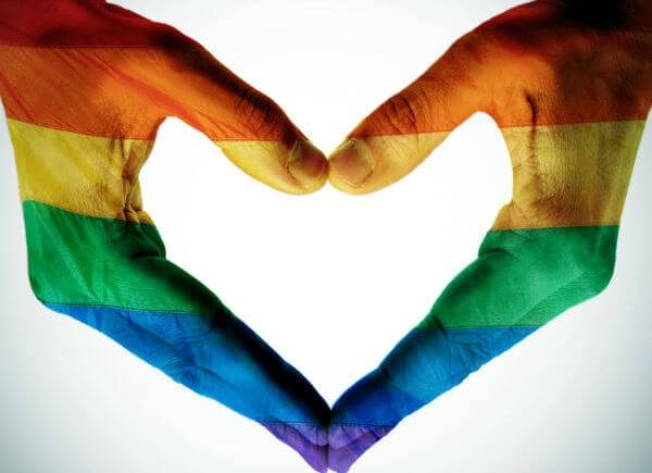 Tinder ti segnala i Paesi Omofobi