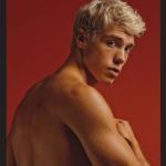 Coming Out Derek Chadwich Star di Instagram