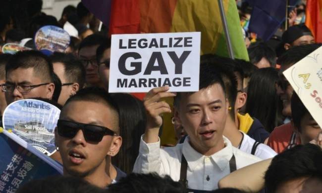 Taiwan all'approvazione del matrimonio egualitario