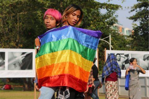 Myanmar a processo 2 cittadini gay