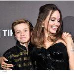 La Jolie sul Red Carpet con il figlio John
