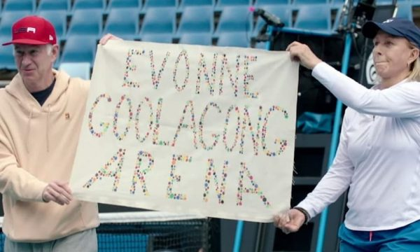 La Navratilova e McEnroe contro la 'zia pazza' del tennis