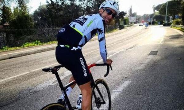 Ciclismo l'addio di Fabio Aru